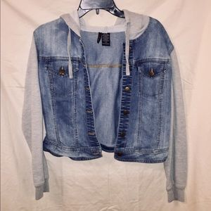 Short Waisted Blue Jean and Grey Sleeve Jacket.